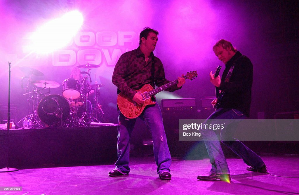 Photo of 3 DOORS DOWN; Chris Henderson \u0026 Matt Roberts & Photo of 3 DOORS DOWN Pictures | Getty Images