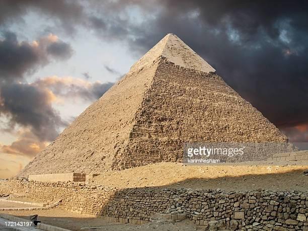 ギザのピラミッド群