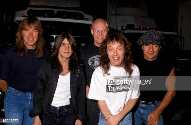 CENTRE Photo of AC DC and AC/DC and Cliff WILLIAMS and Malcolm YOUNG and Chris SLADE and Angus YOUNG and Brian JOHNSON LR Cliff Williams Malcolm...