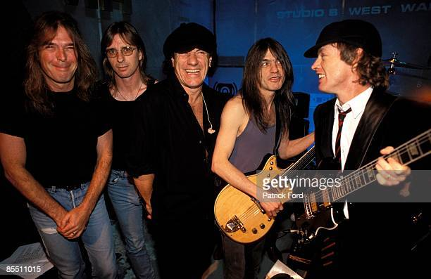 VH1 Photo of AC DC and Phil RUDD and Cliff WILLIAMS and Brian JOHNSON and Angus YOUNG and AC/DC and Malcolm YOUNG Cliff Williams Phil Rudd Brian...