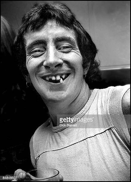 Photo of AC/DC Bon Scott posed at press reception in WEA offices