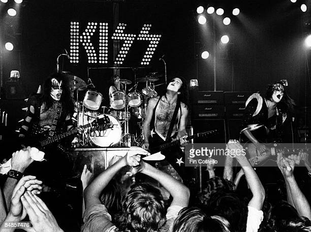 THEATER Photo of Ace FREHLEY and Gene SIMMONS and Paul STANLEY and KISS and Peter CRISS LR Gene Simmons Peter Criss Paul Stanley Ace Frehley...