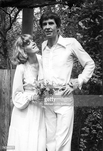 Photo of actor Anthony Perkins with his wife, Berry Berenson. Photo by Michael Ochs Archives/Getty Images