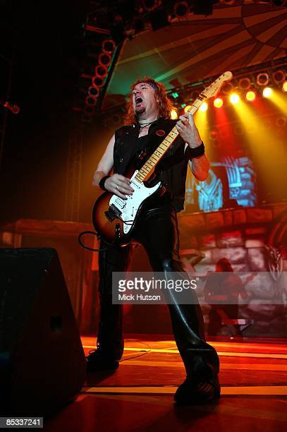 FORUM Photo of Adrian SMITH and IRON MAIDEN Adrian Smith performing live onstage playing Fender Stratocaster