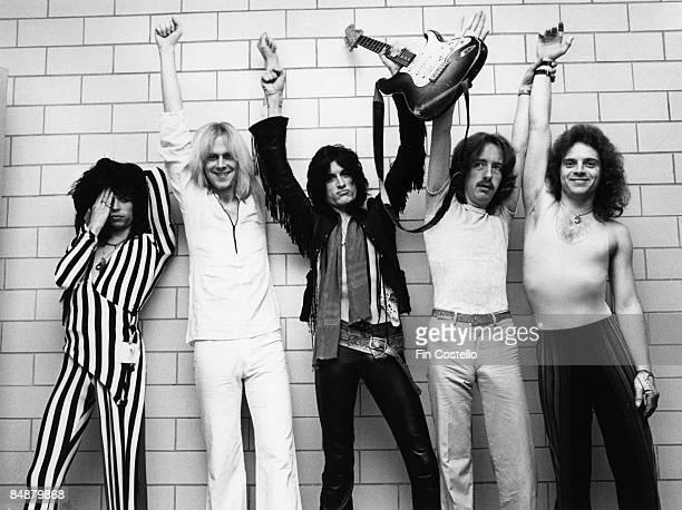 Photo of AEROSMITH and Tom HAMILTON and Steven TYLER and Joey KRAMER and Joe PERRY and Brad WHITFORD, L-R: Steven Tyler, Tom Hamilton, Joe Perry,...