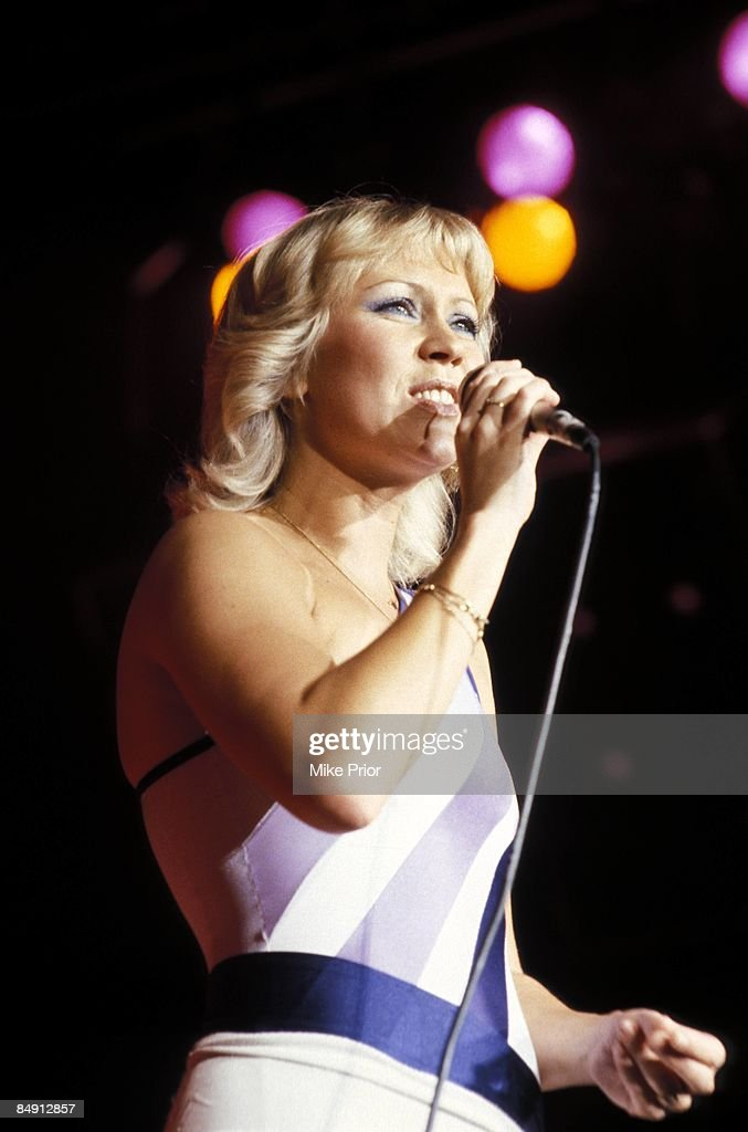 ARENA Photo of Agnetha FALTSKOG and ABBA, Agnetha Faltskog performing live onstage