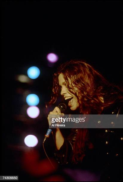 Photo of Alanis Morissette Photo by Al Pereira/Michael Ochs Archives/Getty Images