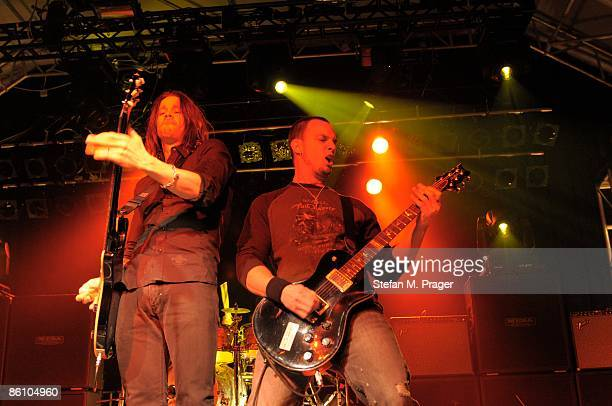 TONHALLE Photo of ALTER BRIDGE and Mark TREMONTI and Myles KENNEDY Myles Kennedy and Mark Tremonti performing on stage