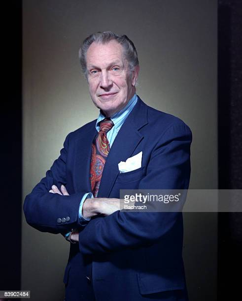 Photo of American actor Vincent Leonard Price, Jr. With arms folded. Boston, 1980.