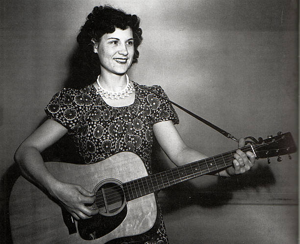 TN: 30th August 1919 - Birth of Kitty Wells, the First Female Country Star