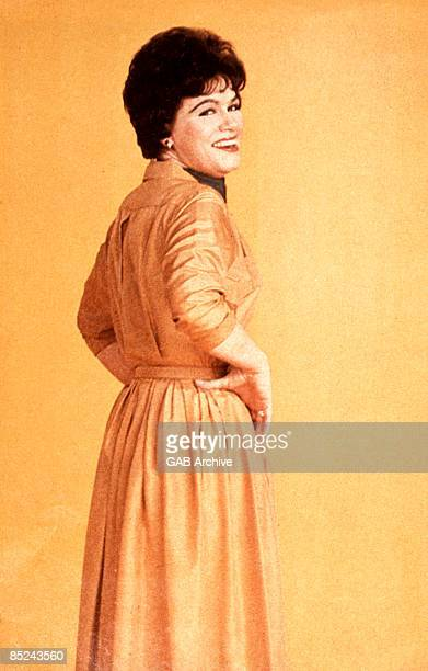Photo of American Country singer Patsy CLINE posed circa 1960