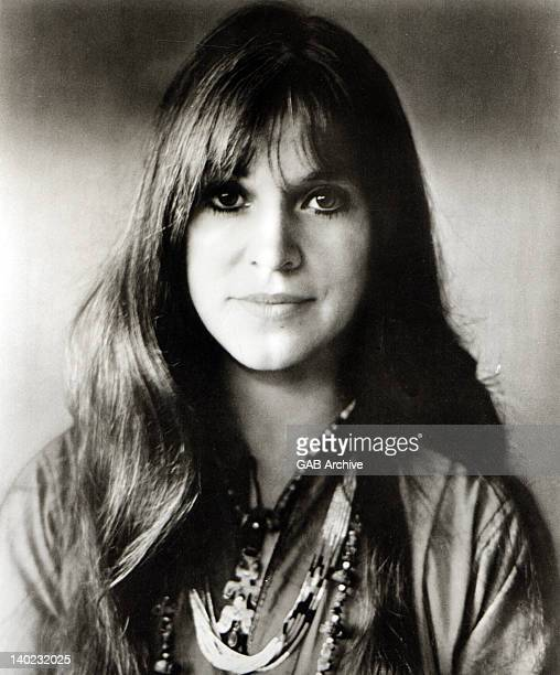 Photo of American singer and songwriter Melanie Safka posed circa 1970