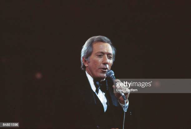 HALL Photo of Andy WILLIAMS