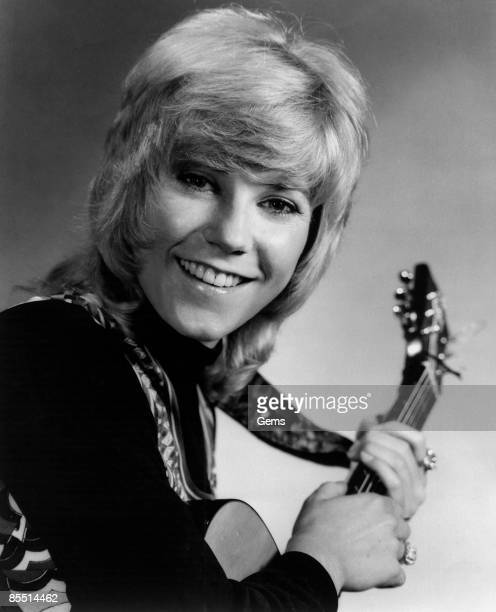 Photo of Anne MURRAY