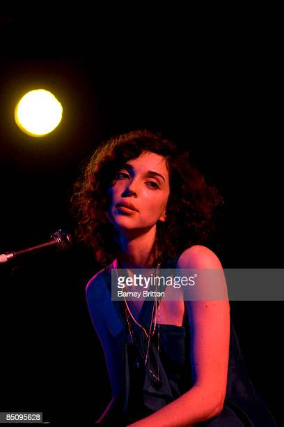 HALL Photo of Annie CLARK and ST VINCENT St Vincent performing on stage
