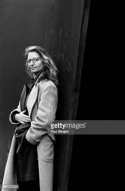 Photo of Annie LEIBOWITZ Posed portrait of photographer of Annie Liebowitz
