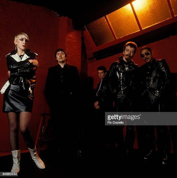 Photo of Annie LENNOX and Dave STEWART and TOURISTS; L-R. Annie Lennox, Jim Toomey , Peet Coombes , Dave Stewart, Eddie Chin