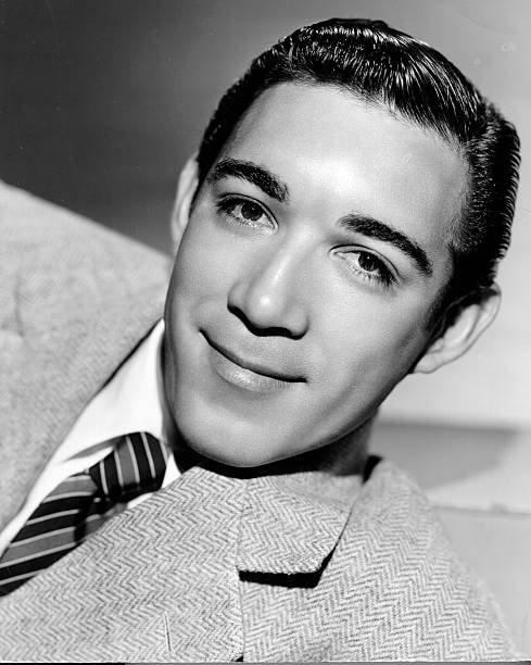 photo-of-anthony-quinn-anthony-quinn-cir