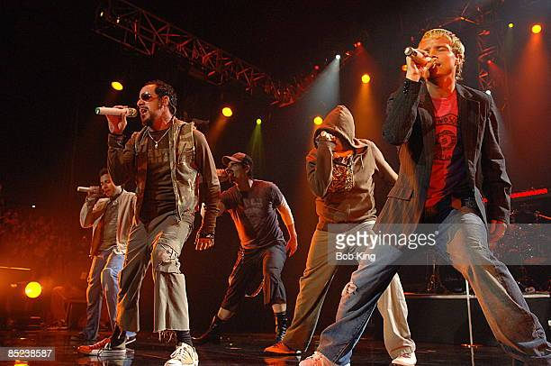 Photo of BACKSTREET BOYS LR Howie Dorough AJ McLean Kevin Richardson Nick Carter Brian Littrell live at SEC