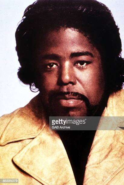 Photo of Barry WHITE Posed portrait of Barry White