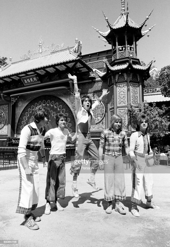 Photo of BAY CITY ROLLERS and Derek LONGMUIR and Stuart Woody WOOD and Eric FAULKNER and Les McKEOWN and Alan LONGMUIR : Nieuwsfoto's