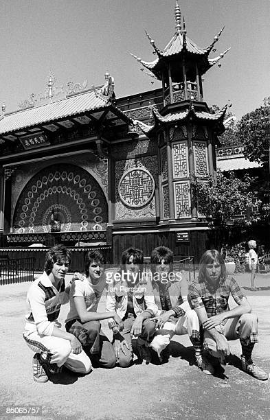 GARDENS Photo of BAY CITY ROLLERS and Derek LONGMUIR and Stuart Woody WOOD and Eric FAULKNER and Les McKEOWN and Alan LONGMUIR LR Alan Longmuir Les...