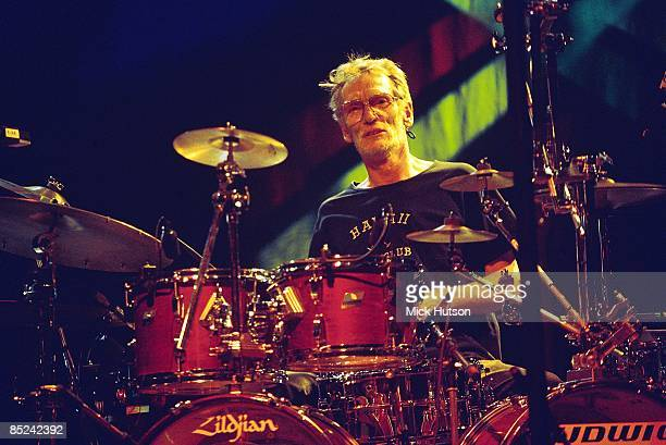 Photo of BBM and Ginger BAKER; performing live onstage with BBM