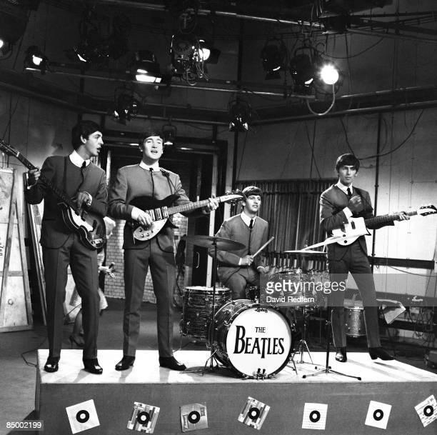 GO Photo of BEATLES Paul McCartney John Lennon Ringo Starr George Harrison during rehearsals at Television House Kingsway