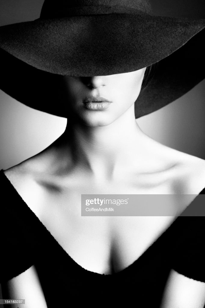 Photo of beautiful woman in retro style : Stock Photo
