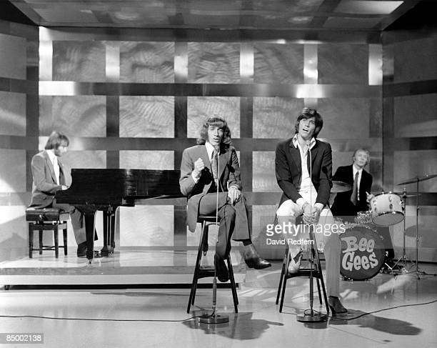 POPS Photo of BEE GEES and Maurice GIBB and Robin GIBB and Barry GIBB and Colin PETERSEN Group performing on tv show LR Maurice Robin and Barry Gibb...