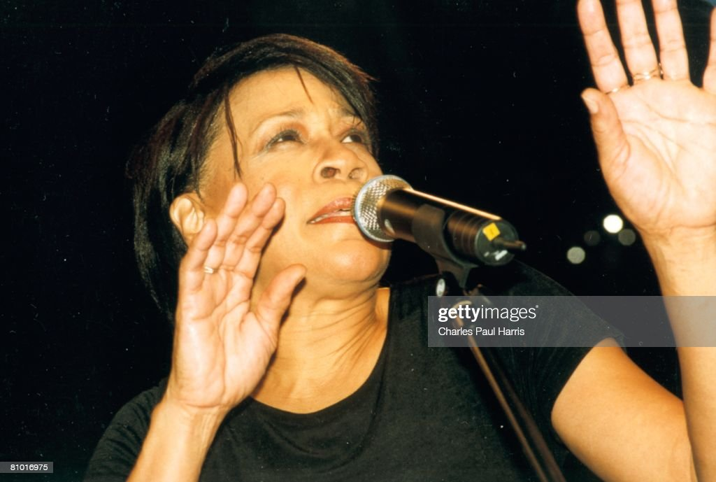 Photo of Bettye LaVette at the Blues Estafette, Utrecht, Holland on 11-21-98
