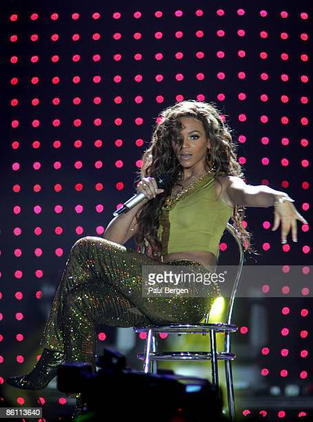 ROTTERDAM Photo of Beyonce KNOWLES and DESTINY'S CHILD Beyonce Knowles