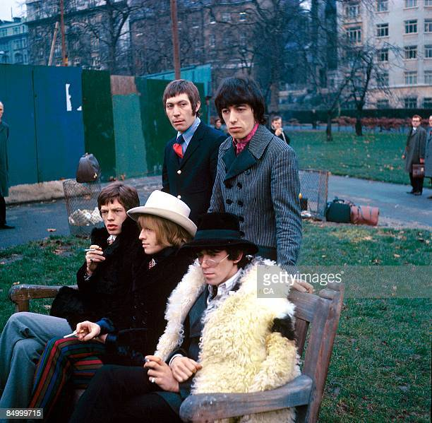 PARK Photo of Bill WYMAN and Keith RICHARDS and Charlie WATTS and Brian JONES and ROLLING STONES and Mick JAGGER Posed group portrait at a photocall...