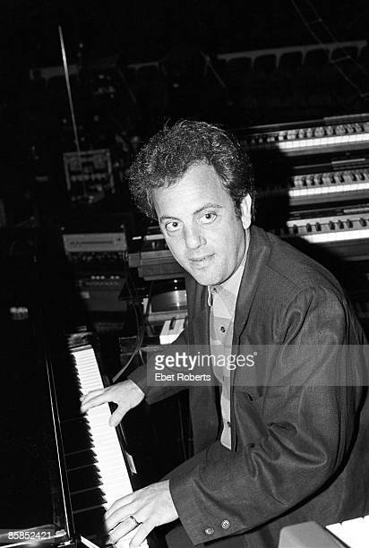 GARDEN Photo of Billy JOEL Billy Joel performing on stage piano keyboards rehearsal