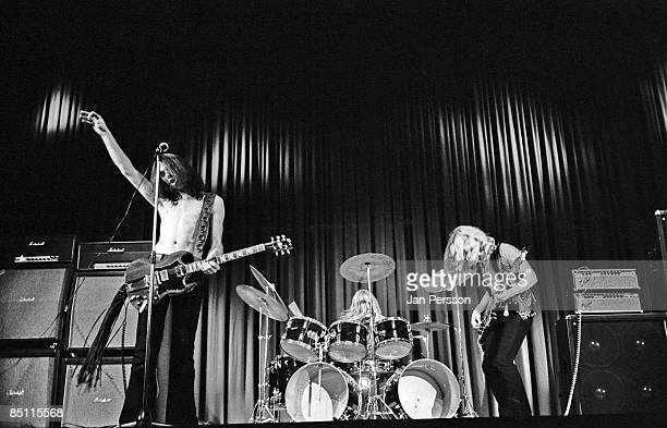 Photo of BLUE CHEER and Dickie PETERSON and Randy Holden and Paul WHALEY Randy Holden Paul Whaley Dickie Peterson performing live onstage