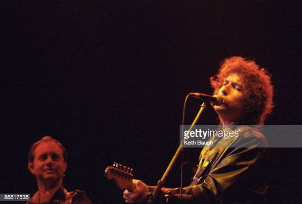 Photo of Bob DYLAN and Steve RIPLEY, Bob Dylan and Steve Ripley performing on stage
