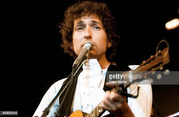 Photo of Bob DYLAN performing live onstage at the benefit for ousted Chileans Felt Forum New York