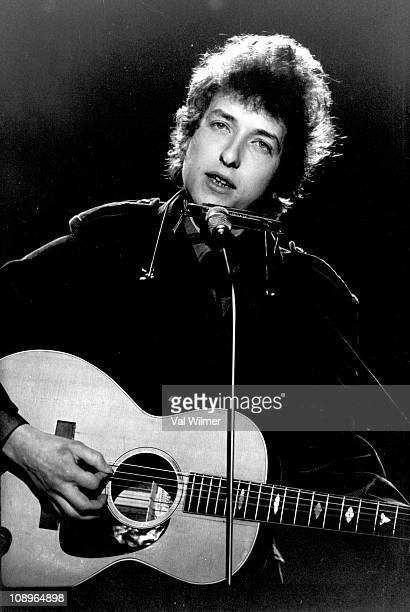 Photo of Bob DYLAN performing on TV show in June 1965