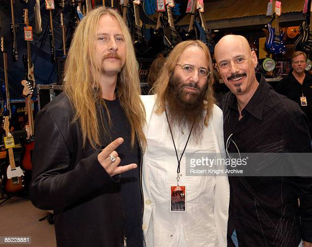 HOLLYWOOD Photo of Bob KULICK and John KOLODNER and Jerry CANTRELL w/ John Kolodner Bob Kulick