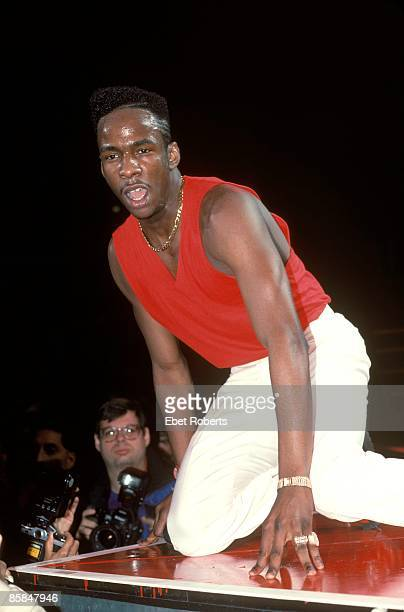 UNITED STATES DECEMBER 01 Photo of Bobby BROWN