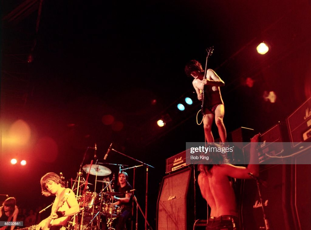 Photo of Bon SCOTT and AC/DC and Angus YOUNG and AC DC and Malcolm YOUNG and Mark EVANS and Phil RUDD : News Photo