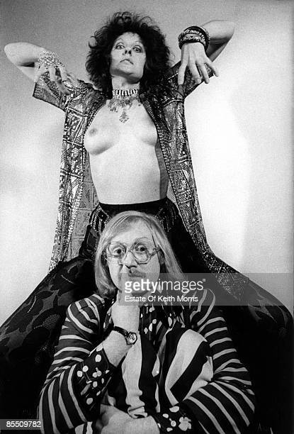Photo of BONZO DOG DOO DAH BAND and Vivian STANSHALL and Germaine GREER; Vivian Stanshall & Germaine Greer, studio, posed