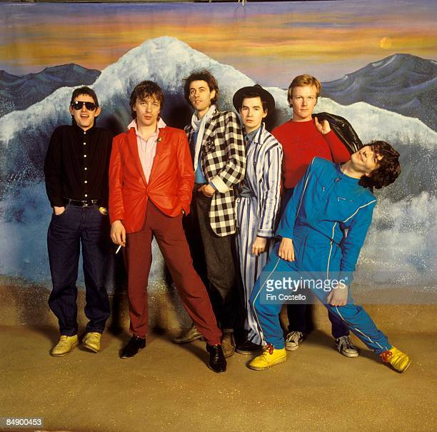 Photo of BOOMTOWN RATS and Garry ROBERTS and Gerry COTT and Johnnie FINGERS and Pete BRIQUETTE and Simon CROWE and Bob GELDOF Posed studio group...