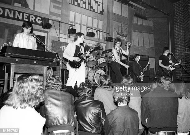 Photo of BOOMTOWN RATS @ Slough Techincal College supporting the Ramones