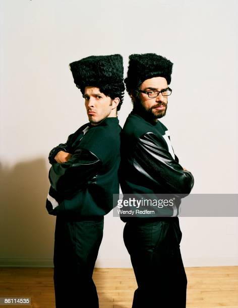 Photo of Bret McKENZIE and FLIGHT OF THE CONCHORDS and Jemaine CLEMENT Posed studio group portrait of Bret McKenzie and Jemaine Clement