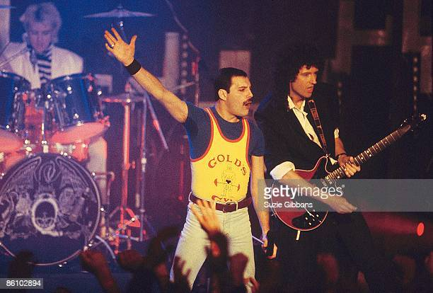 FESTIVAL Photo of Brian MAY and Freddie MERCURY and QUEEN Freddie Mercury and Brian May performing live on stage