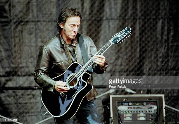 ROTTERDAM Photo of Bruce SPRINGSTEEN /BRUCE SPRINGSTEEN AND THE E STREET/ DE KUIP/ROTTERDAM