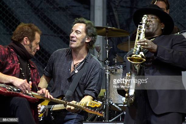 ROTTERDAM Photo of Bruce SPRINGSTEEN Bruce Springsteen E Street Band Kuip 6052003