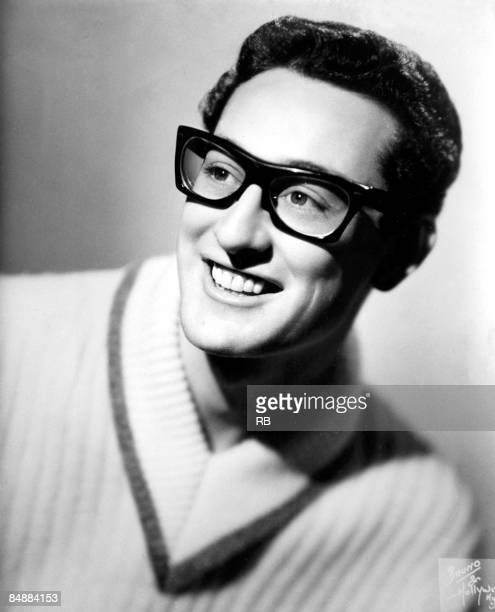 Photo of Buddy HOLLY Posed studio portrait of Buddy Holly