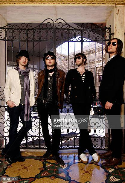 Photo of Cameron MUNCEY and Chris CESTER and Nic CESTER and JET LR Cam Muncey Nic Cester Chris Cester Mark Wilson